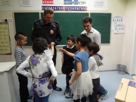Учащиеся МБОУ «ЦО с.Энурмино» встретились с участковым полицейским села Энурмино